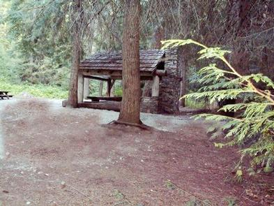 Preview photo of Silver Falls Group Site