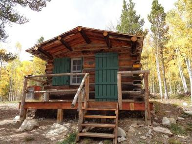 CRESCENT MINING CAMPCabin 1
