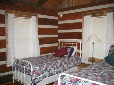 STONY FORK CABINBedroom