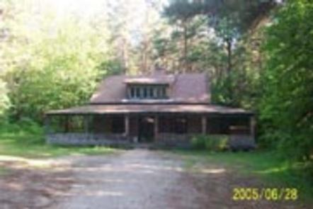 Preview photo of Radeke Cabin