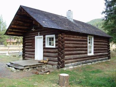 East Fork Cabin | Recreation gov