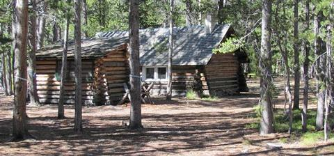 TWIN LAKES CABIN (MT)Summer - Twin Lakes cabin in the woods.
