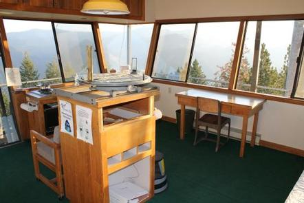 Thompson Peak Lookout Tower