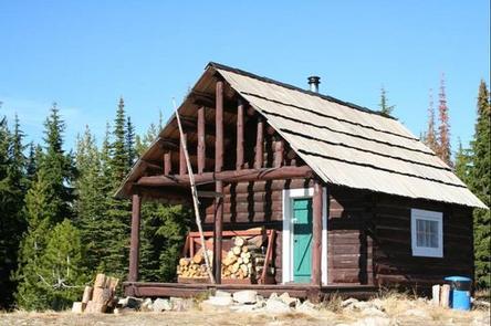 Liz Butte Cabin