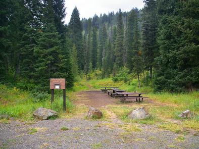 COTTONWOOD GROUP PICNIC SITE