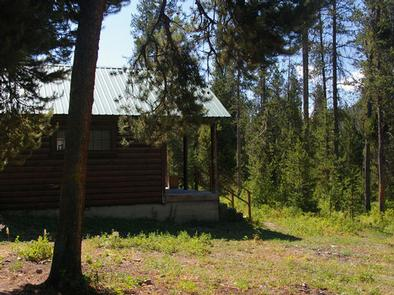 Preview photo of Deer Creek Cabin (WY)