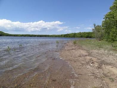 Preview photo of Monocle Lake
