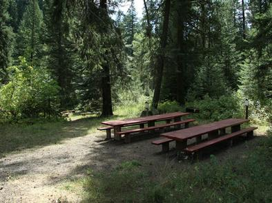 EVERGREEN CAMPGROUND - Day Use AreaEvergreen Campground Day Use Area