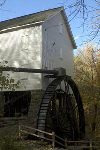 40' overshot wheel at Mill Springs Mill40' Overshot wheel at Mill Springs Mill