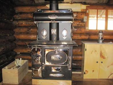 AL TAYLOR CABINCook stove