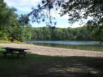 Boot Lake Campground