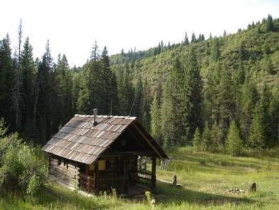 Liz Creek Cabin