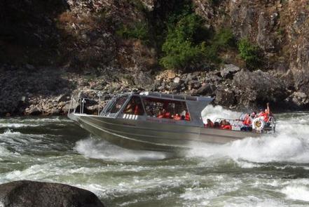 MAIN SALMON RIVER (POWERBOAT)
