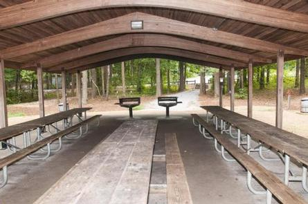 Galt's Ferry Pavilion, Inside