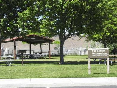 SPILLWAY PARK - CHINOOK SHELTER (OR)