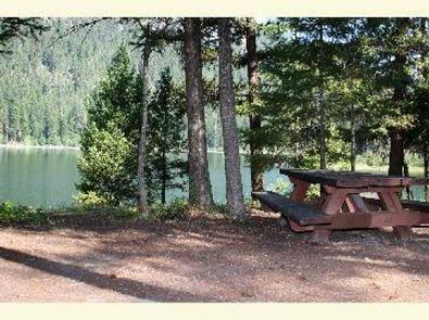 BONAPARTE LAKE CAMPGROUNDBonaparte Lake Camp site