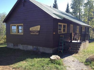 Preview photo of Anna Creek Cabin