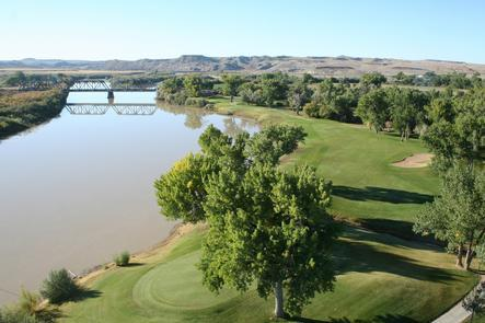 Aerial of Golf Course at Green RiverGreen River State Park's nine-hole golf course wraps around the shaded campground. The course offers enough challenge for experienced players and is friendly enough for beginners.