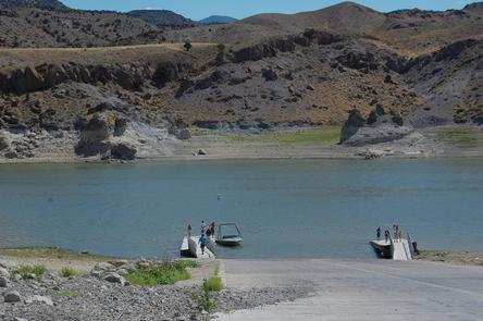 Boat Ramp Piute ReservoirPiute Reservoir attracts anglers who enjoy trophy fishing for rainbow, cutthroat, and brown trout as well as smallmouth bass.