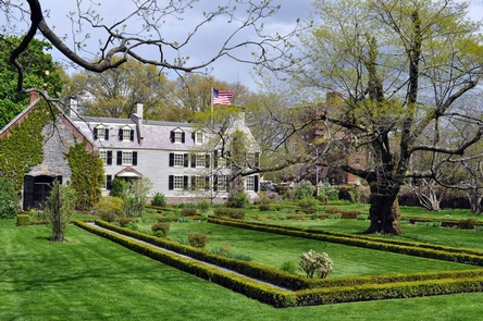 Old House at Peace fieldOld House at Peace field, where four generations of the Adams family lived from 1788 to 1927.
