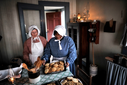 KitchenSpecial events bring back the smells of an 1800s Kitchen