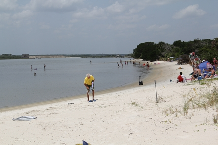 Recreational OpportunitiesMore the half-a-million people visit Fort Matanzas each year to enjoy both the river and ocean beaches.