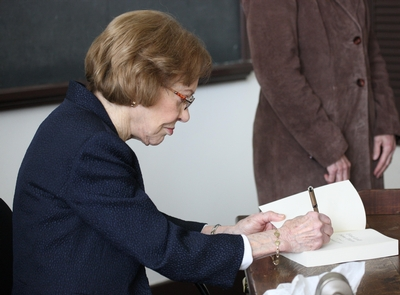 Rosalynn Carter, Presidents' Day 2016Rosalynn Carter signing a book she authored during Presidents' Day 2016