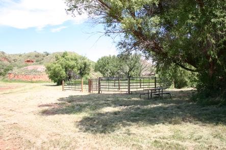 Plum Creek CampgroundPlum Creek Horse Corral