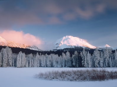 Winter at Manzanita LakeWith over 30 feet of snowfall annually, Lassen provides numerous opportunities for winter recreation.