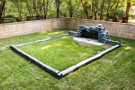 Cabin Site MemorialThe site of what is believed Memorial at the site of the third Lincoln cabin.