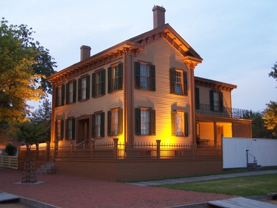 Lincoln Home at night