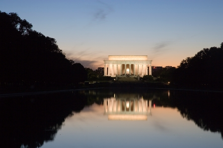 Lincoln Memorial at DuskOne of the most photographed memorials, no matter the hour.