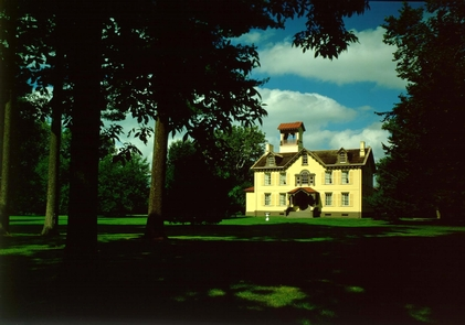 President Van Buren's HomeVan Buren called his home and farm Lindenwald.  He lived here after his term as president from 1841 to 1862.  He ran two presidential campaign from Lindenwald in 1844 and 1848.He ran presidential vam