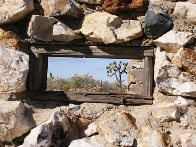 Rich Human HistoryVisitors can still hear the echos of history here. Evidence of days long past still persist in Mojave. Native American petroglyphs, long-abandoned mines, and cattle ranches still dot the landscape.
