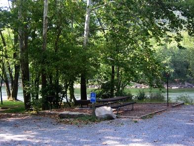 Grandview SandbarAccessible Campsite at Grandview Sandbar