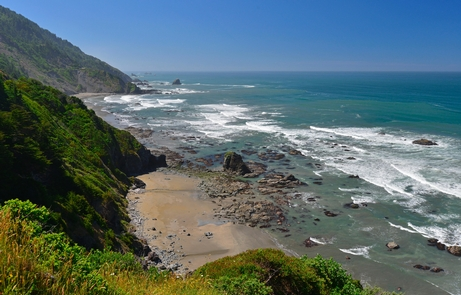 Enderts BeachDramatic coastal scenery is a big part of the Redwood experience.