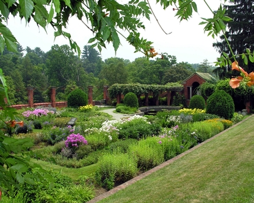 The F. W. Vanderbilt Formal GardensThe formal gardens of the Vanderbilt Estate consist of multiple tiers defined over a hillside, surrounded by a graceful landscape.