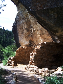 Cliff DwellingsWalnut Canyon National Monument protects a series of ancient cliff dwellings built between 1125 and 1250 CE.