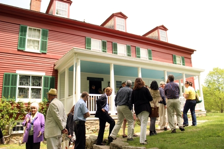 Opening of the Weir House - May 2014Visitors wait in line to enter the Weir House on the first day it was opened, May 2014.