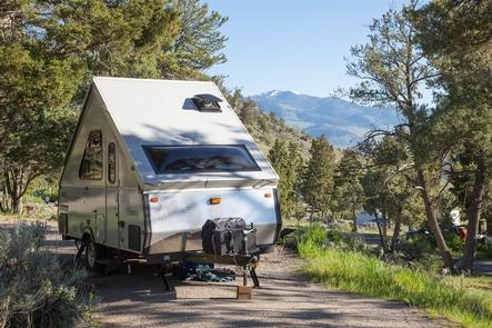 Mammoth Hot Springs CampgroundMammoth Hot Springs Campground can accommodate tents, bikers, hikers, RVs and pop-ups.