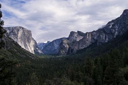 Yosemite Valley from Tunnel ViewTunnel View is perhaps one of the most photographed views in the park.
