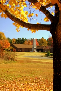 Visitor Center and US Monument in the Fall