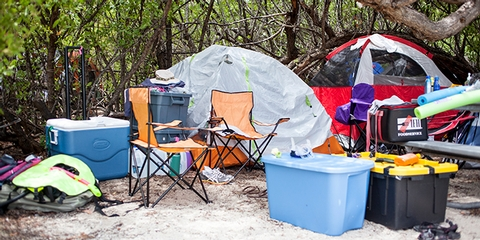 Tents at the Dry TortugasCampsites have picnic tables and grills. Campers must bring all supplies, including a tent, fresh water, fuel, ice, and food. All trash and garbage must be carried out upon departure.