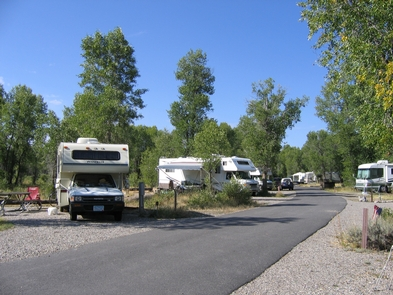 Gros Ventre Campground RV SitesGros Ventre campground offers camping for tents and dry camping for RVs with a maximum total length of 45 feet.