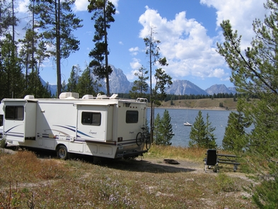 Signal Mountain Campground RVRVs up to 30 feet are welcome at the Signal Mountain Campground