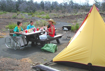Kulanaokuaiki CampgroundPicnickers at Kulanaokuaiki Campground