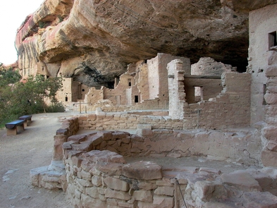 Spruce Tree HouseSpruce Tree House, Mesa Verde's third largest and best preserved cliff dwelling