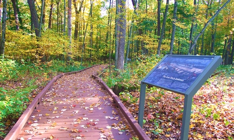 Victory WoodsA half-mile path through Victory Woods tells of this last British camp following the Battles of Saratoga.