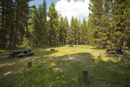 Preview photo of Cow Meadow Campground