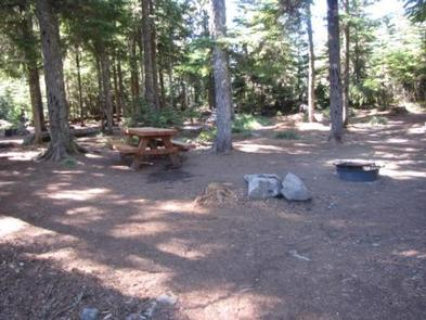 Preview photo of Kinnikinnick (Laurance Lake) Campground